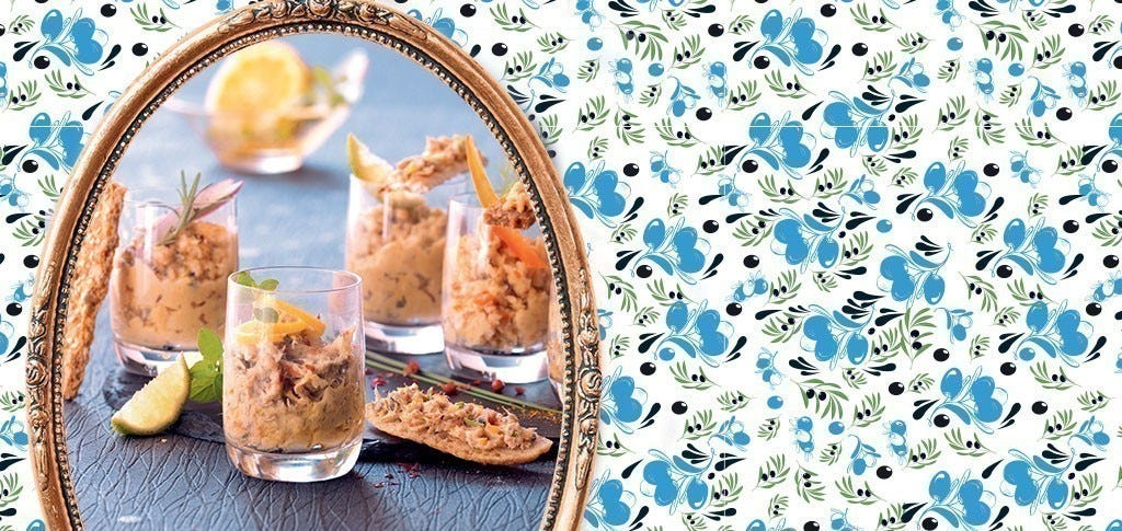 Smoked mackerel rillettes with pepper